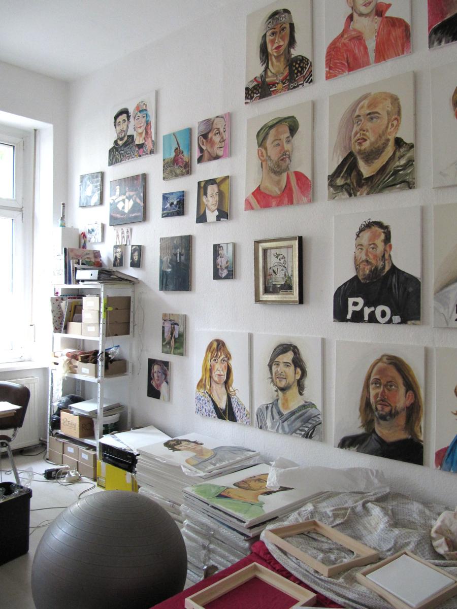 """atelieransichten mit der """"katerfamilie"""" von henrieke ribbe, 2014"""