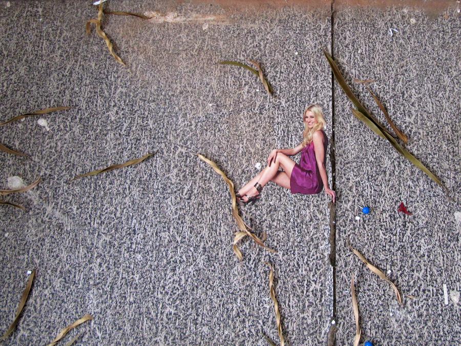 Eine Frau räumt auf, 2009, C-Print