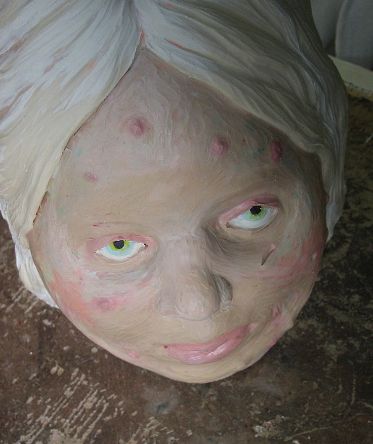 Pickelkönigin, Puppenstube, 2004
