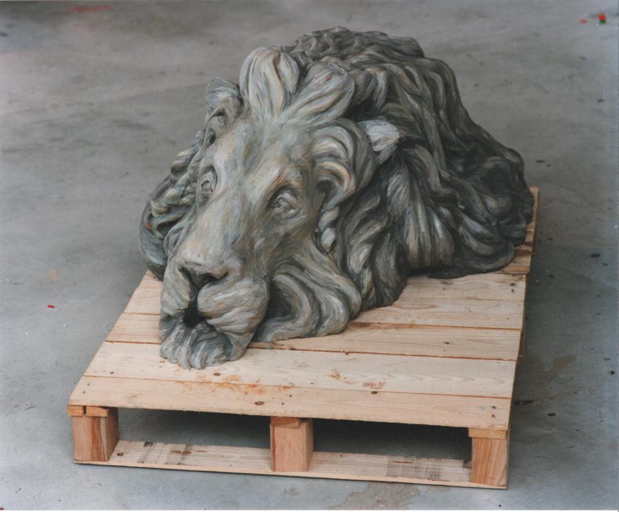 Löwenbrunnen, 1998