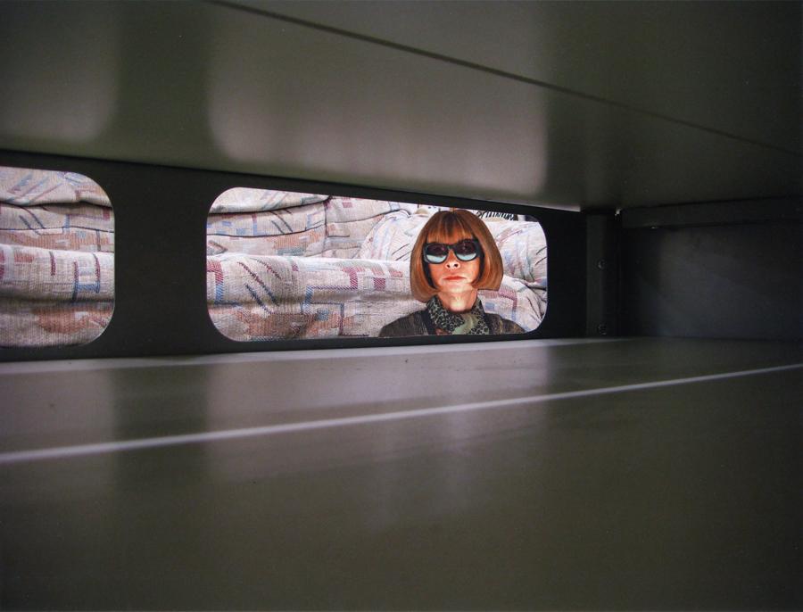 Zerbricht sie an ihrer neuen Rolle?, 2009, Collage